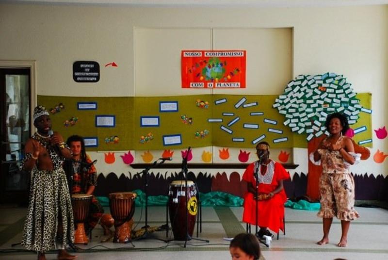 Sala De Tv Cultura Brasil ~  exibem cultura africana em São Paulo  Refugees United Brasil