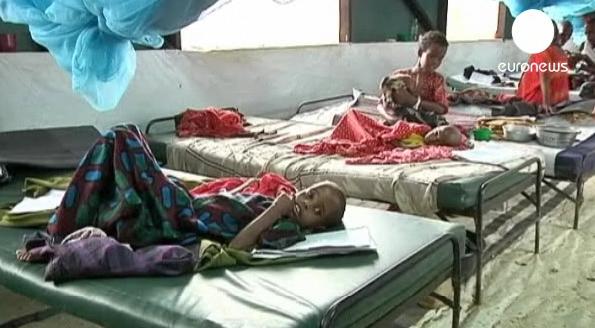 Doencas humanitarias no continente africanoaidscoleraebolafome 3